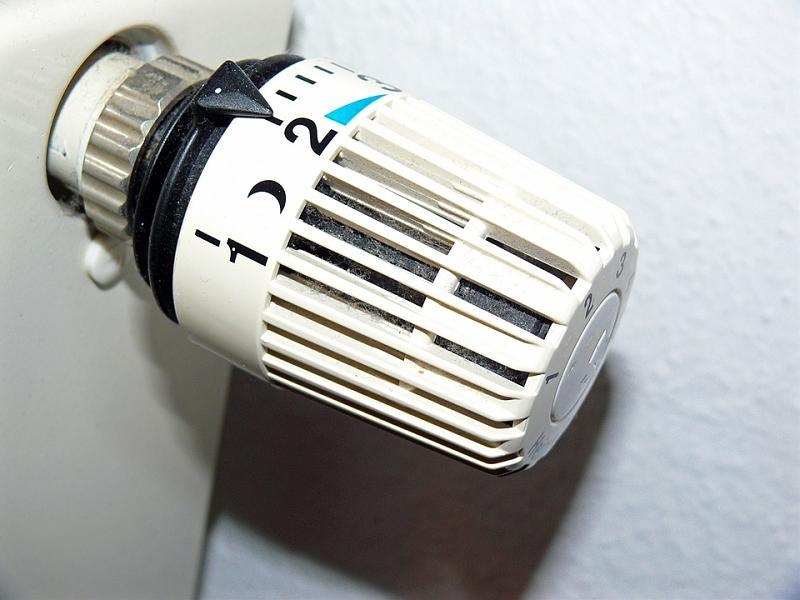 Valvole termostatiche guida all 39 acquisto e sostenibile for Valvole termostatiche netatmo